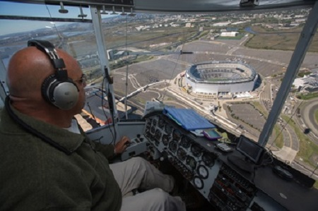 Airship Captain Terry Dillard flies the Horizon Blue Cross Blue Shield Blimp over MetLife Stadium in East Rutherford last week.  Photo: Frank H. Conlon/For The Star-Ledger