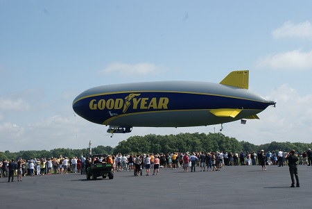 Wingfoot One starts its ceremonial first flight. Photo: Alvaro Bellon