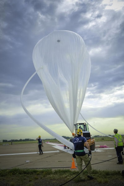 World View personnel prepare the company's balloon in June at Roswell for a test flight that reached 120,000 feet. By 2016, the company hopes to fly a larger balloon with paying passengers, possibly from Spaceport America. Photo courtesy of World View Enterprises, Inc.