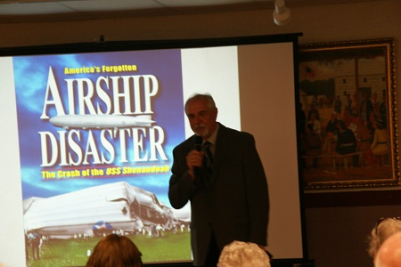 Aaron Keirns begins his talk about the Shenandoah Crash. Photo: © Alvaro Bellon