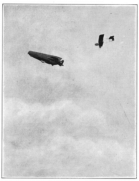 A French airplane attacks a German airship, in this photograph from 1915. Image: Scientific American, June 26, 1915