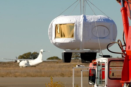 Unlike the test capsule, Zero2infinity's real one will have windows all around, and keeping them fog-free may be a challenge. The four passengers and two crew will have a 360-degree view of Earth.  Image credit: Air and Space Magazine/Bloon
