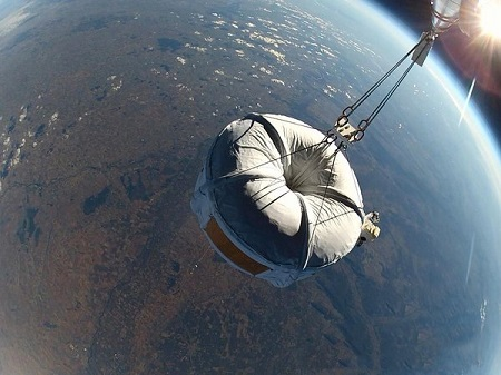 Zero2infinity's test flight, on November 12, 2012, reached an altitude of 104,000 feet. From liftoff to touchdown, the test lasted four hours.  Image credit: Air and Space Magazine/Bloon