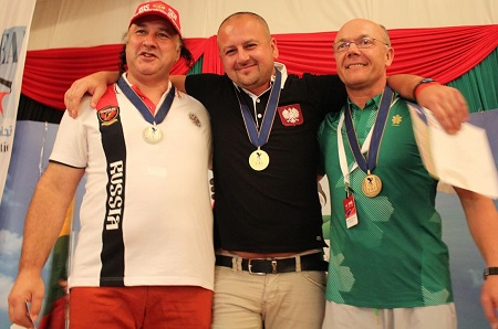 Left to right: Russian pilot Mikhail Bakanov (silver medal), Polish pilot Wojciech Bamberski (gold medal and Lithuanian Rimas Kostiuskevicius (bronze medal). Photo courtesy of FAI.
