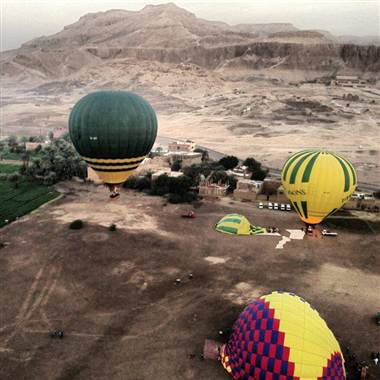 Hot air balloons take off near the ancient city of Luxor on Tuesday before the tragedy occurred. Photo: Courtesy Christopher Michel