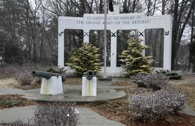 A monument at a small veterans' memorial park in Manchester Township, N.J. Photo: Mel Evans, AP