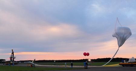 Launch of the stratospheric balloon  Photo: jaxa.jp