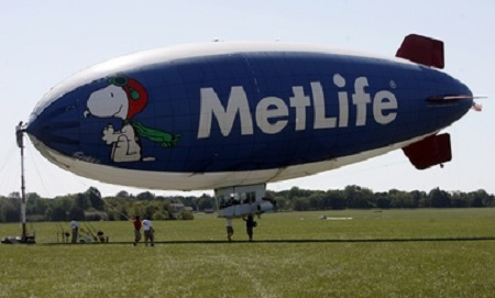 Snoopy One, the MetLife blimp, will not be flying over MetLife Stadium on Super Bowl Sunday.  Photo: Ed Murray/The Star-Ledger