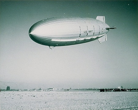 The USS Macon arrives in Sunnyvale, Calif., in 1934. The airship's framework gave way in a storm, and it crashed off the California coast in 1935. Photo: U.S. Navy