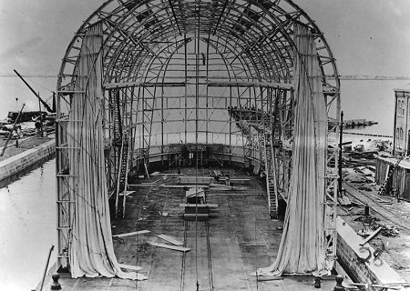 View of a floating hangar to house the DN-1, the Navy's first airship, under construction at Naval Aeronautic Station Pensacola. Image: Courtesy of National Naval Aviation Museum.