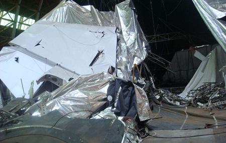 Damage to the Aeroscraft. Photo credit: Allan Ripp