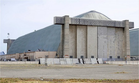 The north end of Hanger Three, looking south, at Moffett Field. Photo: Nhat V. Meyer/Bay Area News Group.