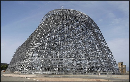 The south end of Hangar One at Moffett Field. Photo: Nhat V. Meyer/Bay Area News Group.
