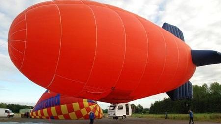 Lindstrand Balloons produced a caravan airship for a BBC Top Gear program in 2009. Source: BBC.com