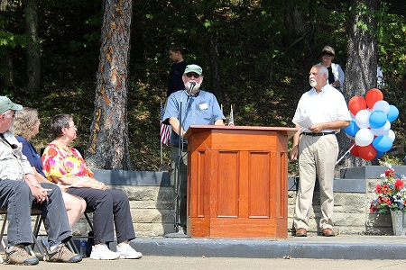 LTA Society Chairman Dave Wertz speaking at 90th anniversary commemoration of the Shenandoah wreck. Photo: Alvaro Bellon
